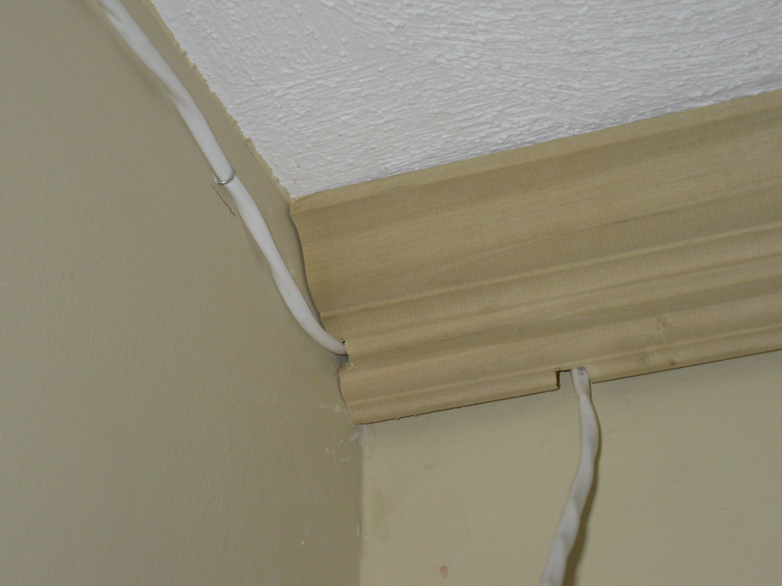 How To Install Speaker Wire Behind Crown Molding A