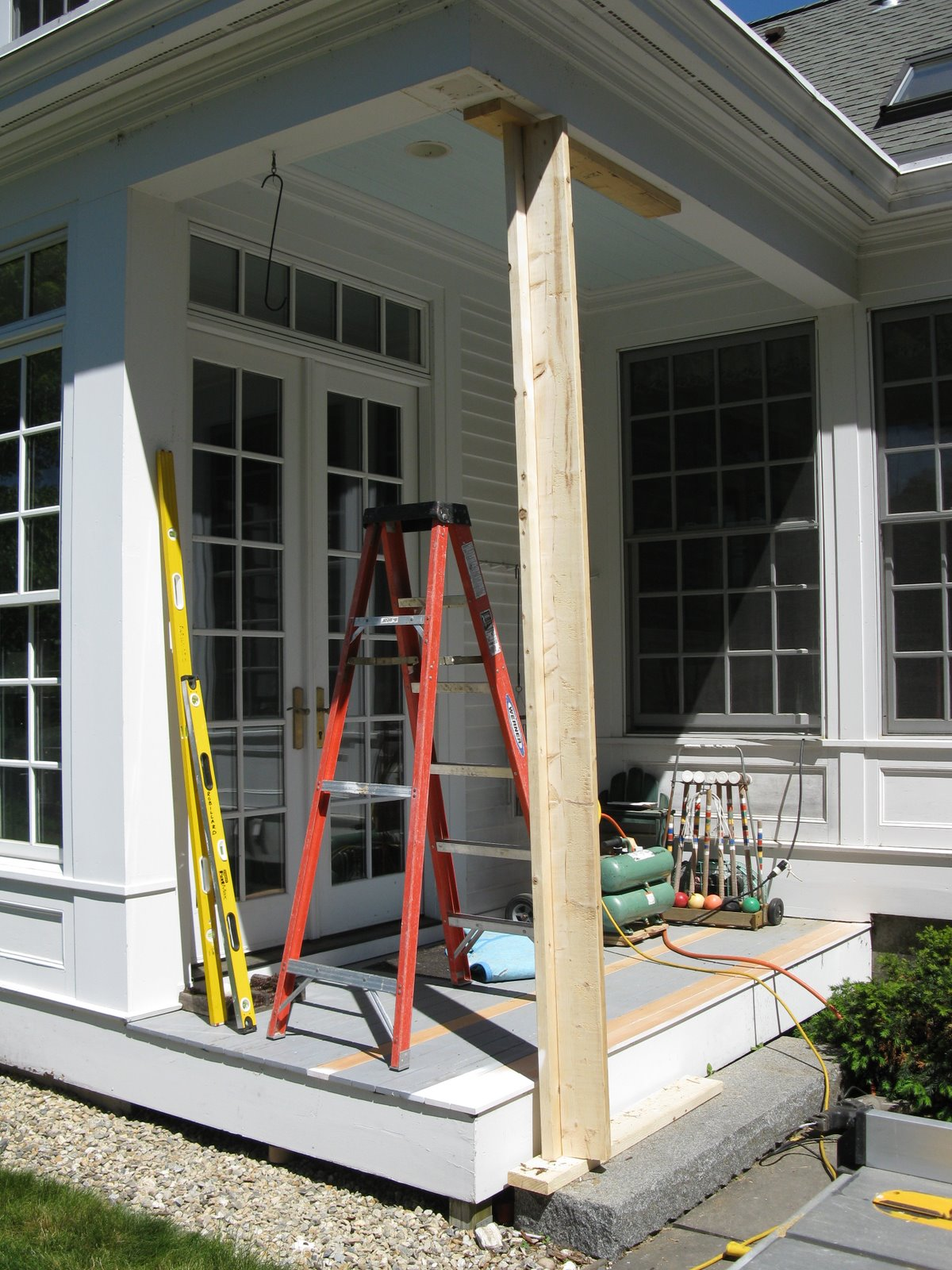 Patio roof support posts patio roof support columns for Roofing forum
