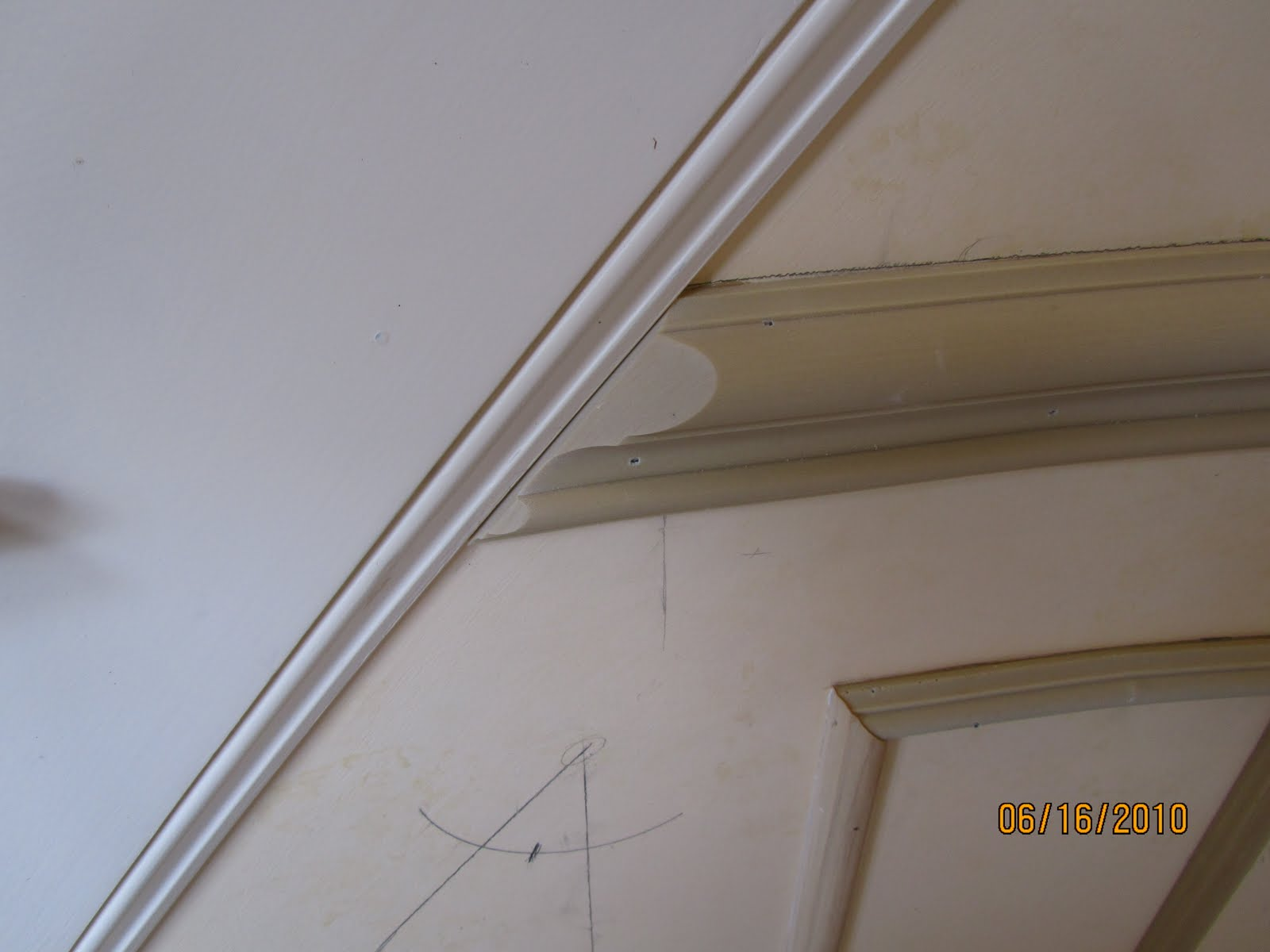 Chair Rail Light Switch Part - 27: Installing Molding To A Curved Wall