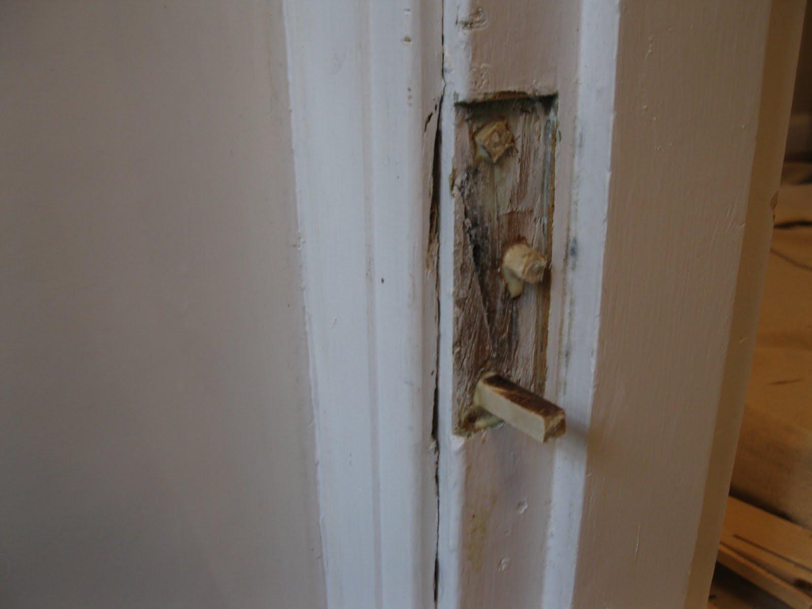 Bedroom door hinges